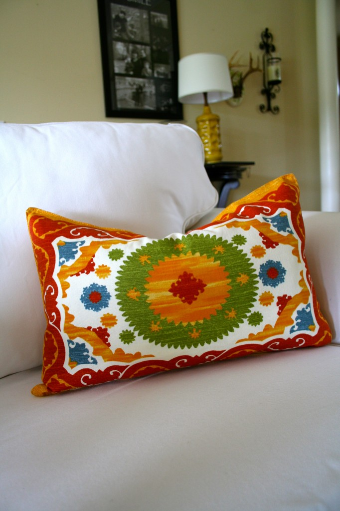 How To Make A Pillow From A T Shirt And Placemat Refresh