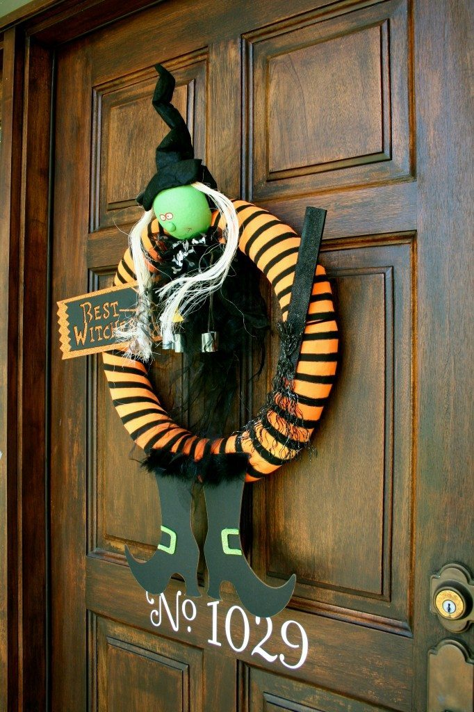 best-witches-halloween-wreath-perfect-for-a-fun-door-decoration