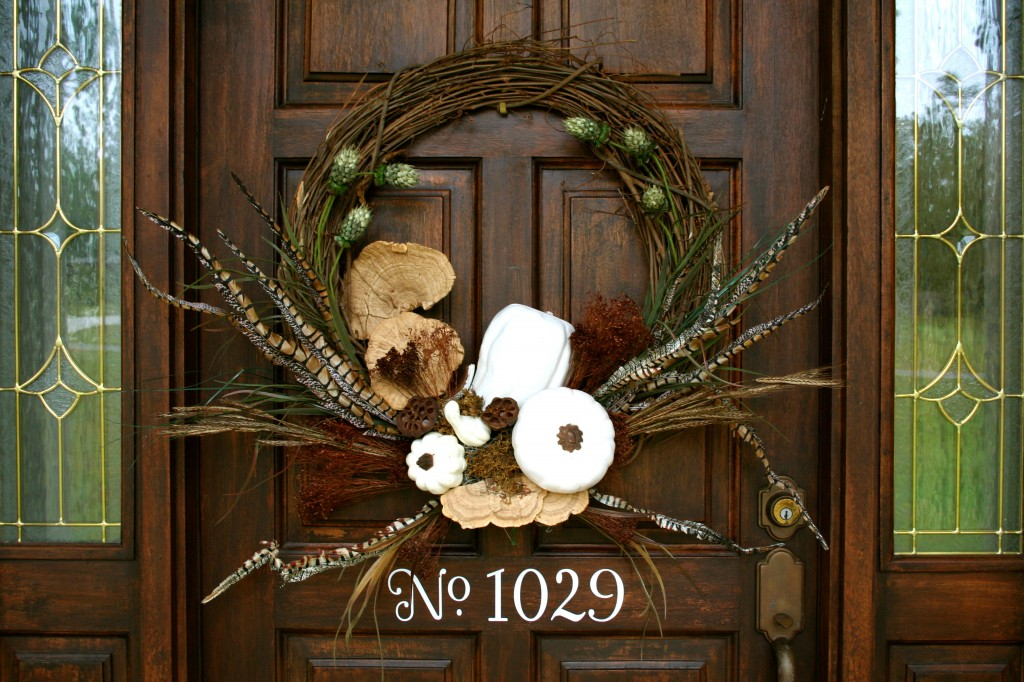 Love this- Show stopper - Perfect For your fall door - White Pumpkin for the door - quick and easy arrangement