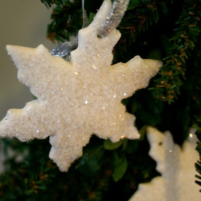 Cloud Clay – Easy DIY for Christmas Star