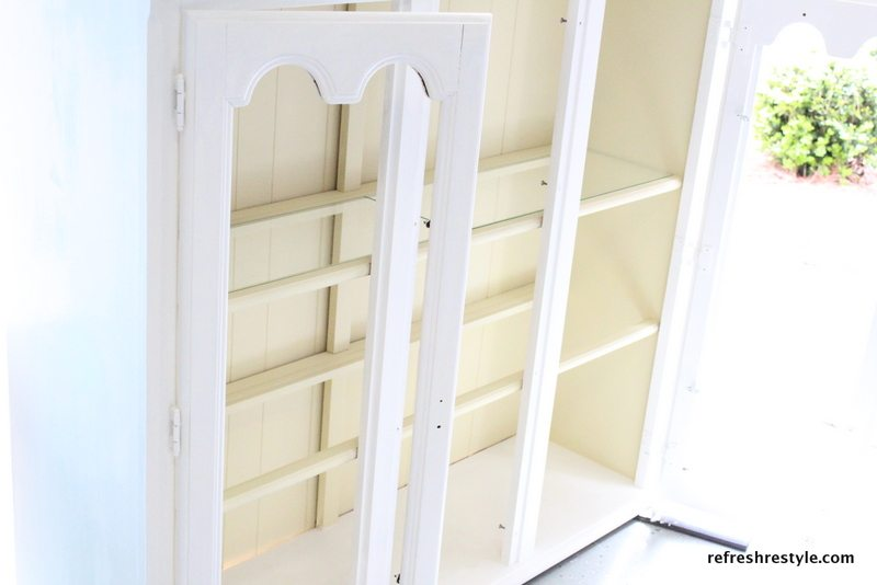 How to paint a China Hutch - working on the top of the china hutch