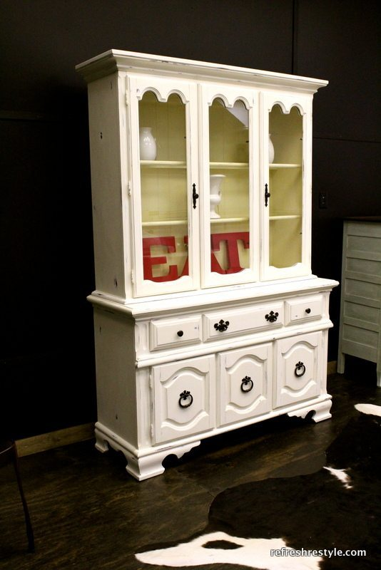 How to paint a China Hutch - lighter and brighter