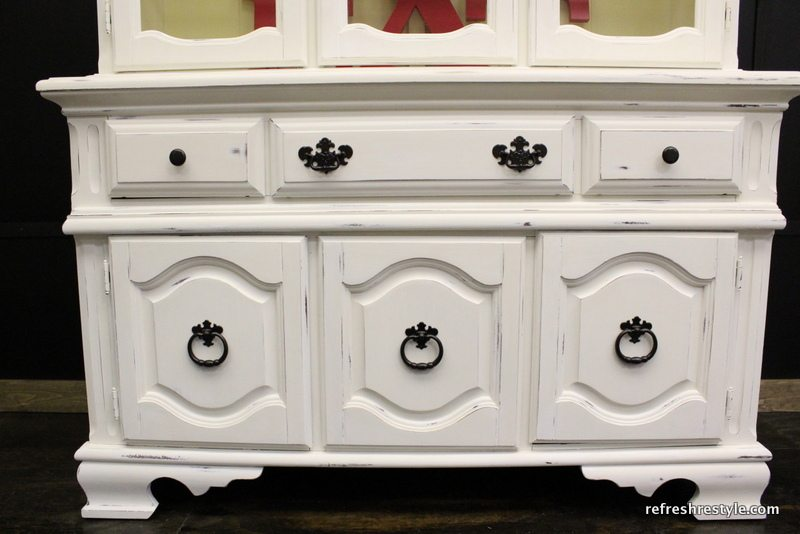 How to paint a China Hutch - bottom of china hutch