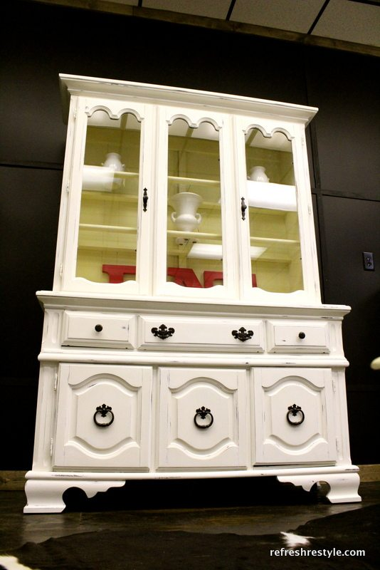 How to paint a China Hutch - diy in a day