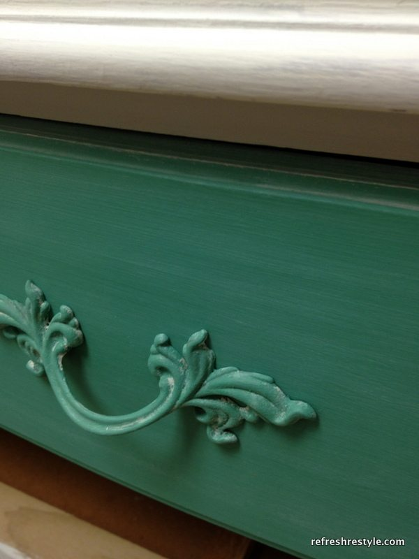 Painted Hardware on a two tone furniture makeover