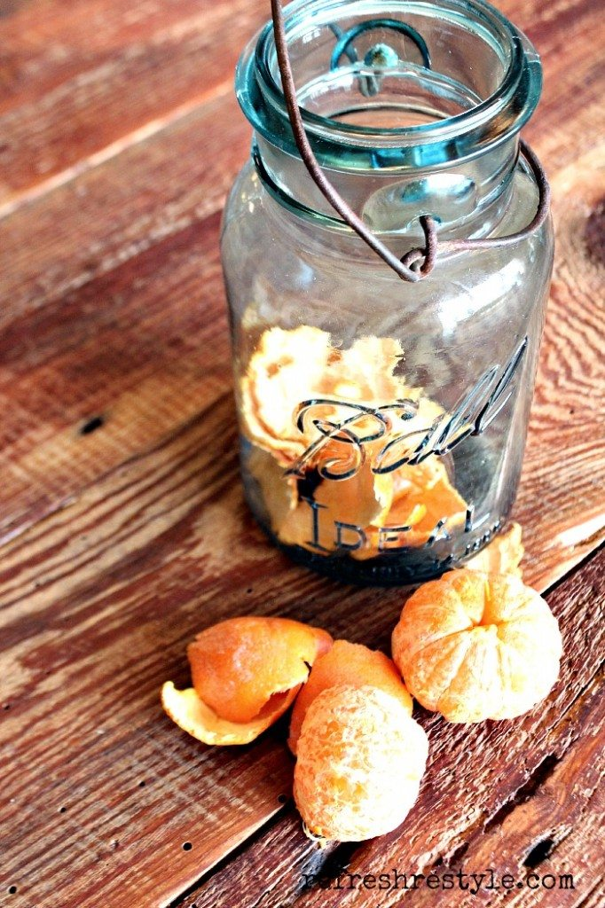 How to create a Natural Citrus cleaner #naturalcleaner #vinegar #citruscleaner