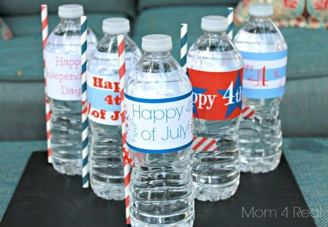 12 - Mom 4 Real - July 4th Water Bottle Labels