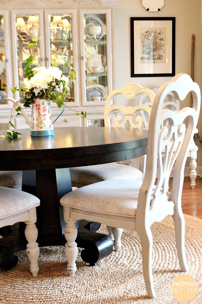 How to spray paint dining chairs refresh restyle for Dinette sets with bench seating