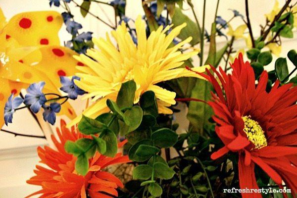Pinwheel flowers for door decor