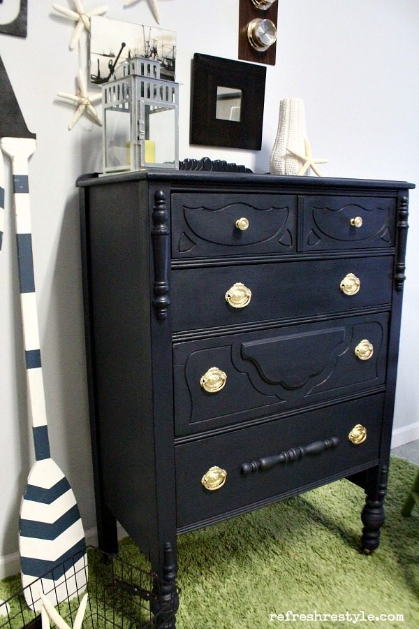 Navy Maison Blanche Vintage Furniture Paint #maisonblanchepaint  #paintedfurniture #ad