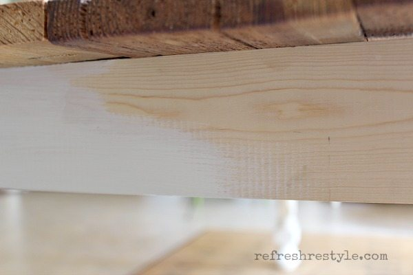 How to paint a farm table. #farmtable#maisonblanchepaint #paintedfurniture #ad #refreshrestyle