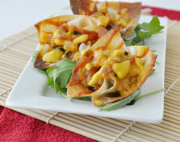 18 - Peas and Crayons - Cheeseburger Wonton Cups