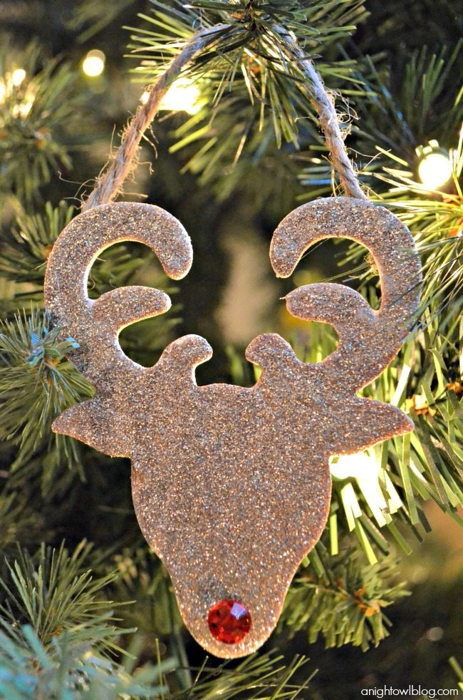 18 - A Night Owl Blog - Glitter Reindeer Ornament