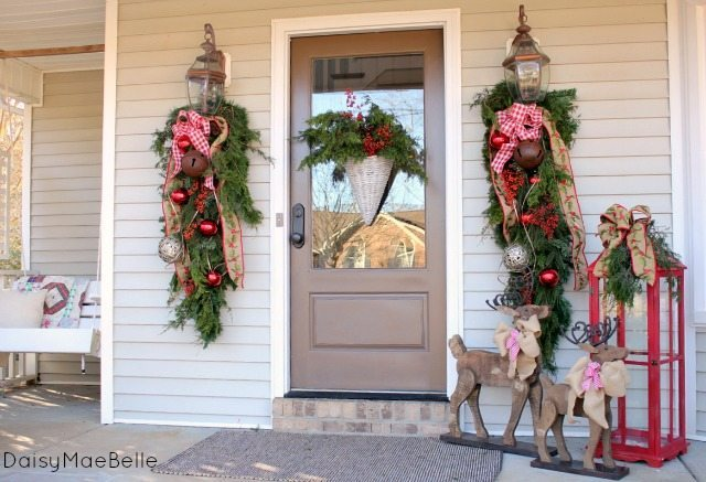 Daisy Maebelle - Christmas Front Porch