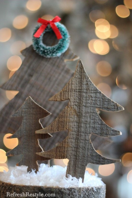 Barn Wood Tree with tiny wreath