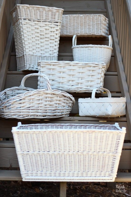 Baskets for coordinated storage Painted #homeright #spraypaint #refreshrestyle