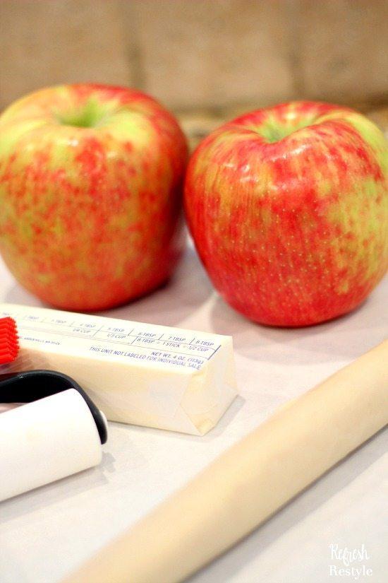 Apple Galette - Apples, butter, pie crust