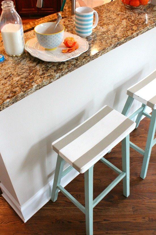 Breakfast bar saddle seat bar stools