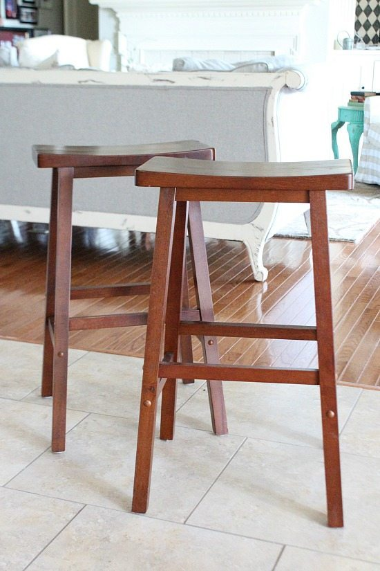 Saddle Bar Stools Add A Touch Of Ranch To Your Bar With  : Bar Stools before from hide-ip.us size 550 x 825 jpeg 76kB