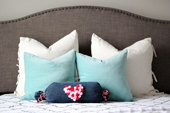 DIY a cute now sew pillow