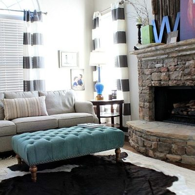 Neutral colors with pops of teal.