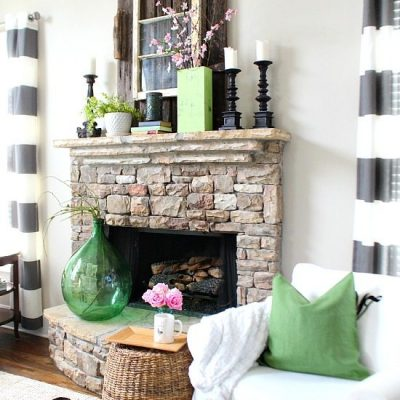 Spring Mantel at Refresh Restyle