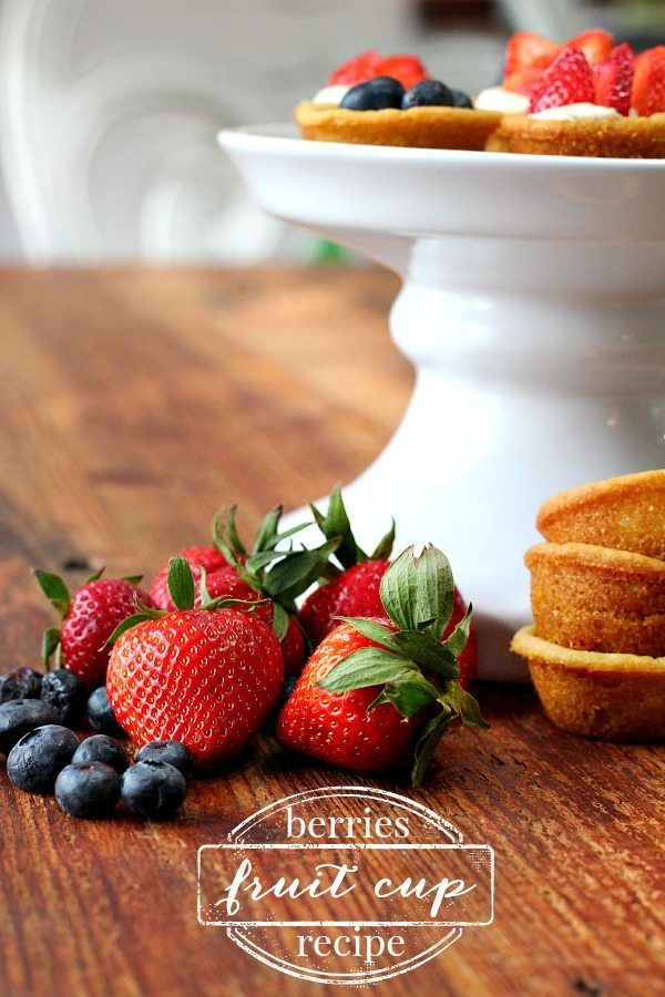 Strawberries and Blueberries Fruit cup Recipe
