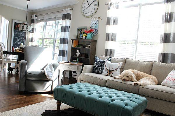 Cozy family room at refreshrestyle.com