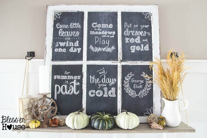 Fall-Chalkboard-and-Shelf-Vignette