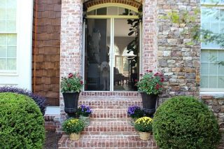 Fall Refresh Front porch at refreshrestyle.com