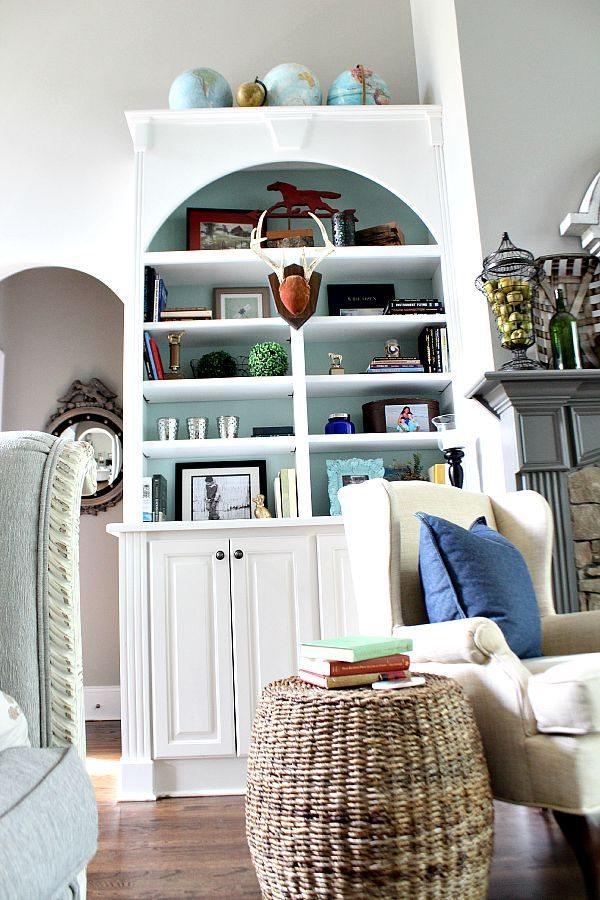 Ideas, tips for styling your bookcase at refreshrestyle.com