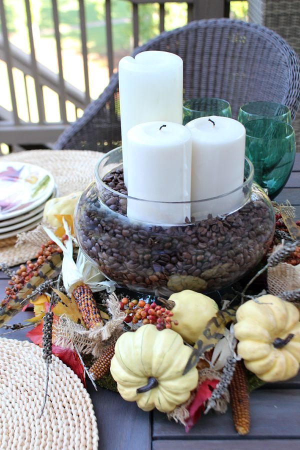 Nature inspired fall centerpiece at refreshrestyle.com