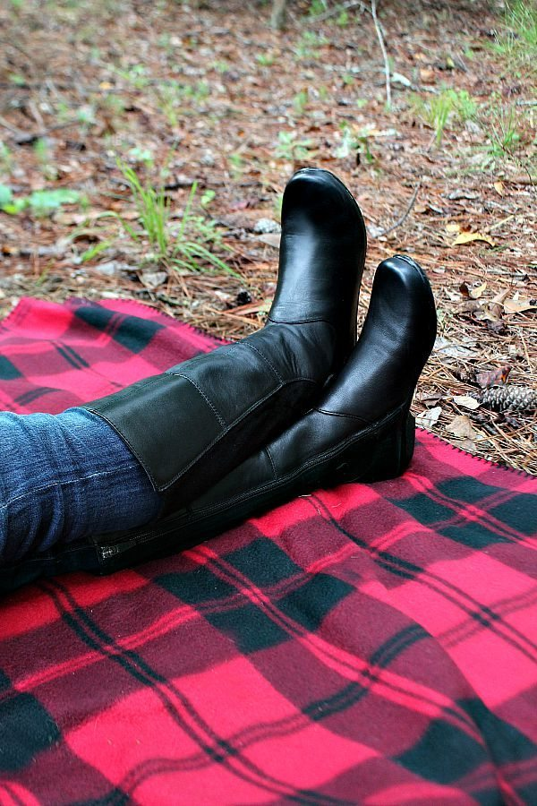 Refresh your wardrobe with comfy stylish Dansko boots at refreshrestyle.com