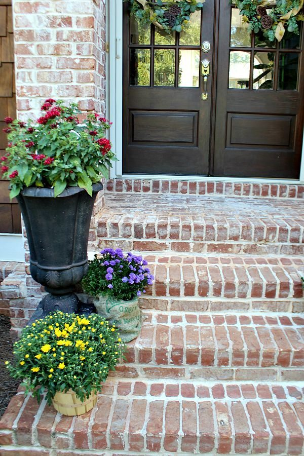 Refreshing your door with easy to use get stain. Nothing says welcome like a beautiful entry refreshrestyle.com