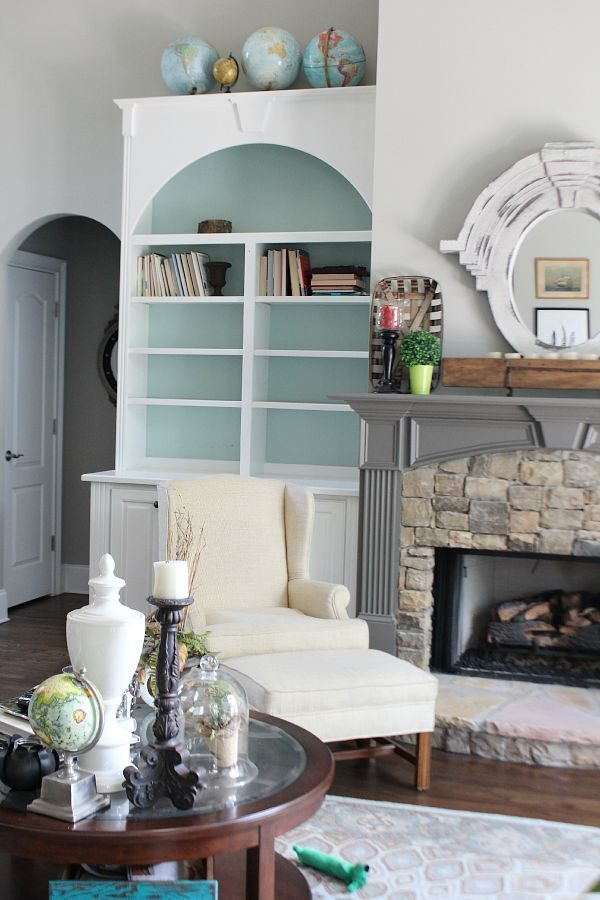 Remove everything from your bookcases and start over with these tips from refreshrestyle.com