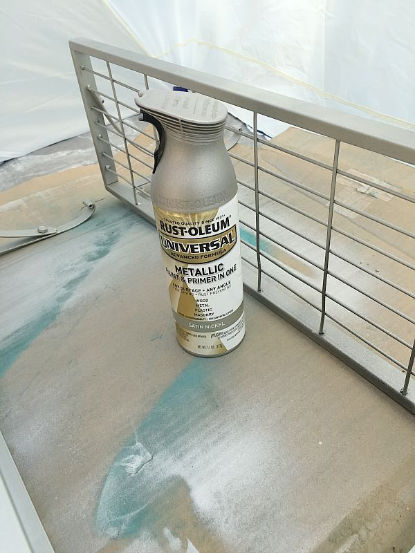 Rust-oleum Satin Nickel spray paint on wire shelves at refreshrestyle.com