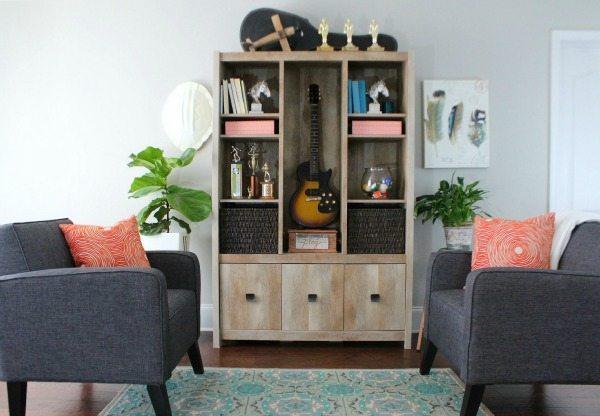 Basement bookcase area for entertaining
