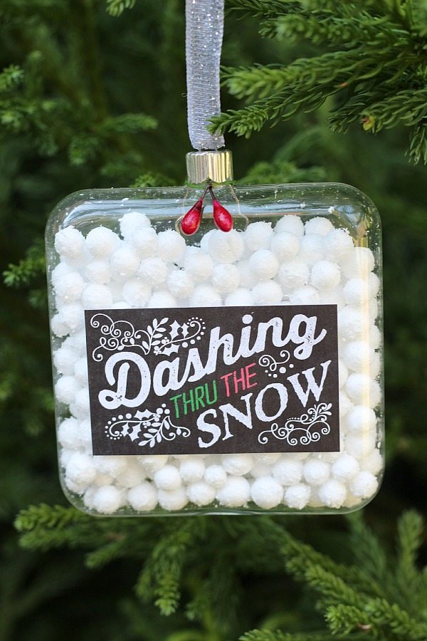 Dashing Thru The Snow ornament with chalkboard label at refreshrestyle.com