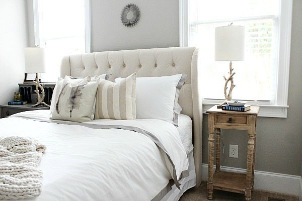 Affordable and luxurious bedding from Crane and Canopy makes a beautiful space refreshrestyle.com