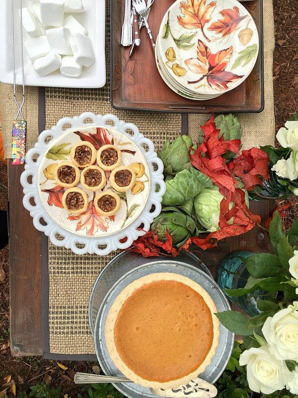 Serve dessert outside - great ideas for entertaining this fall. Fall Outdoor Living with affordable Better Homes and Gardens. Keep the outdoor entertaining season going longer. #sp #BHGLiveBetter