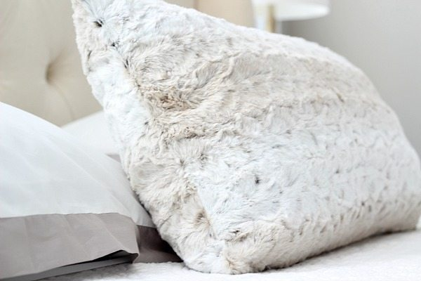 Texture in a neutral guest room at refreshrestyle.com
