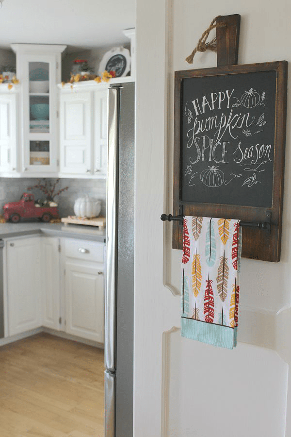 Canadian Fall Home Tour from Clean and Scentsible