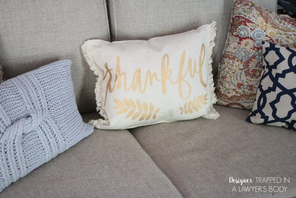 Easy DIY placemat-pillows-