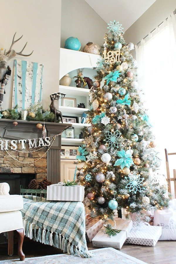 Christmas Tree - Turquoise Winter Wonderland idea