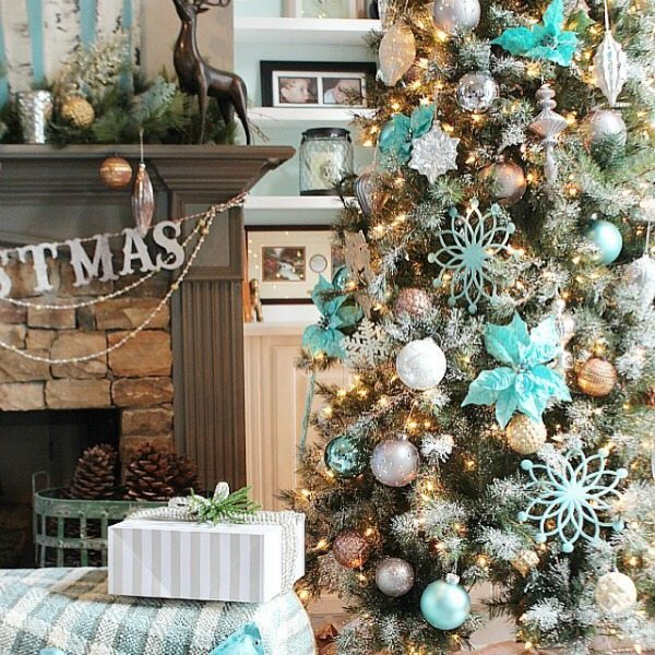 christmas tree in aqua and turquoise