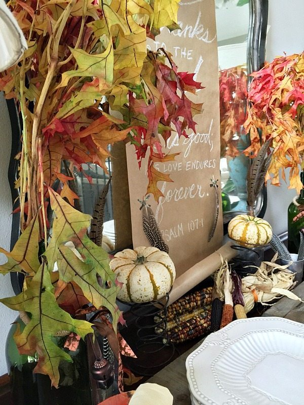 Fall leaves, pumpkins and more ideas for the Thanksgiving buffet table