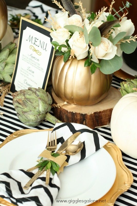 Giggles-Galore-Thanksgiving-Menu-and-Table-Setting