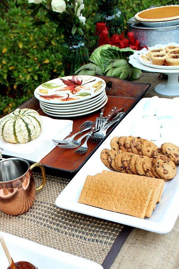 Outdoor living dessert, pies, s'mores and apple cider BHG at Walmart #sp #BHGLiveBetter