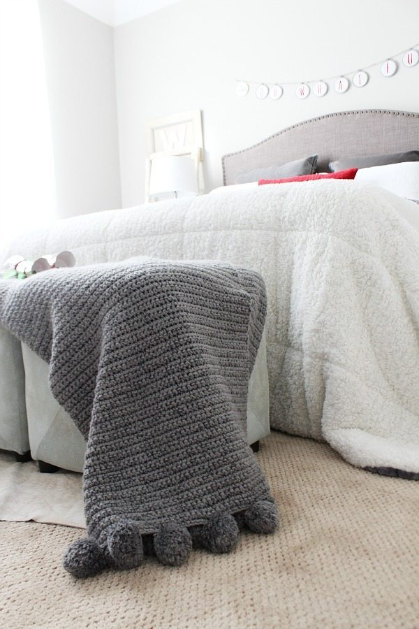 Pom Pom throw for Guest room Christmas Red and Gray