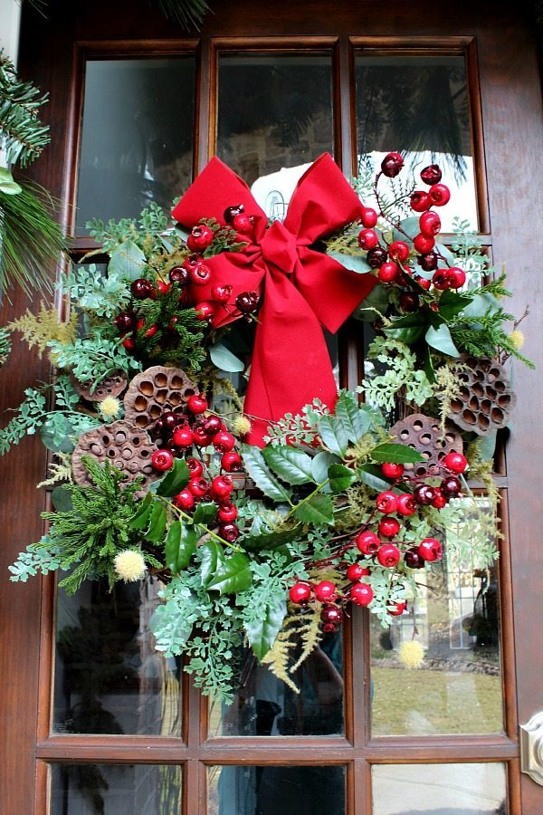 Winter wreath is the recycled summer wreath